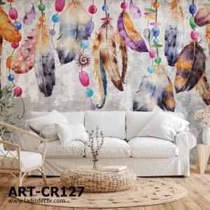 پوستر پرهای رنگی آویزان روی زمینه پتینه طوسی