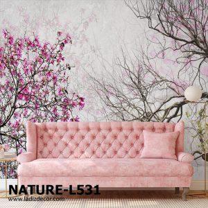پوستر درخت شکوفه دار و شاخه خشکیده روی زمینه روشن